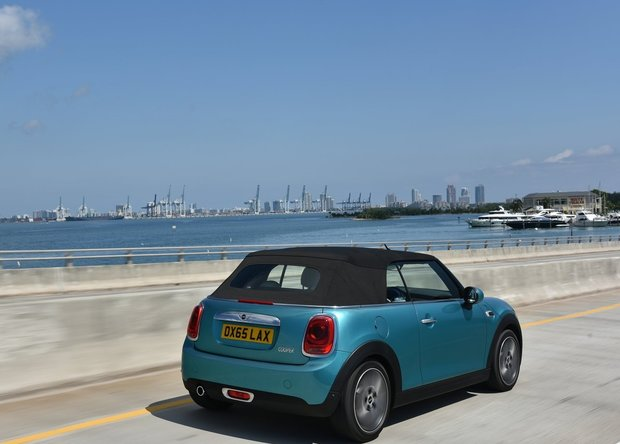 Top 5 Things You Need to Know About the 2016 MINI Cooper