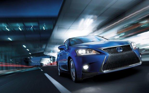 2016 Lexus CT 200h: Luxurious Fuel Saving