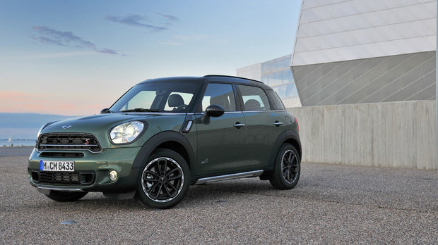 The 2016 MINI Countryman: Bringing Charm and Personality to the Segment