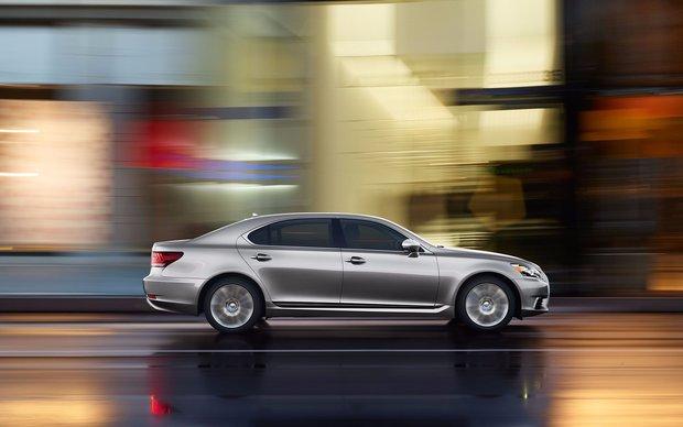2016 Lexus LS - The Pinnacle of Luxury