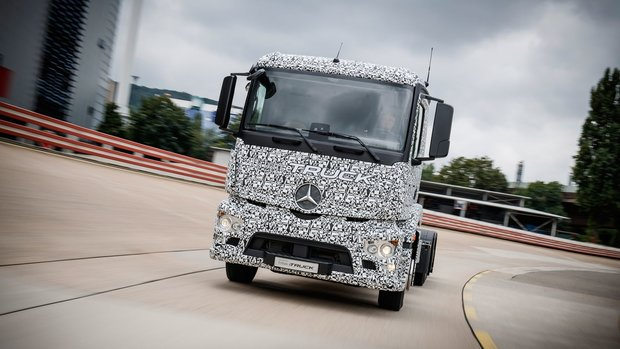 Mercedes-Benz Showcases the World's First All-Electric Truck