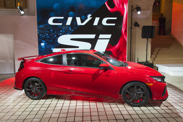 Here's the next generation of the Honda Civic Si