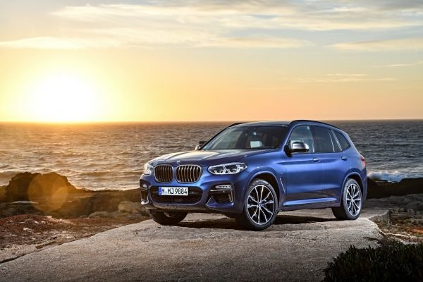 2018 BMW X3: New-generation luxury sport utility vehicle
