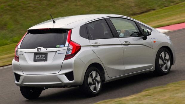 Honda Fit displays its 5 stars
