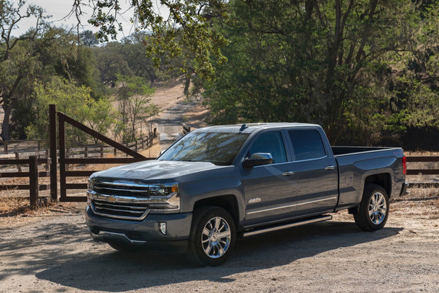 The media drove the 2017 Chevrolet Silverado, and they loved it