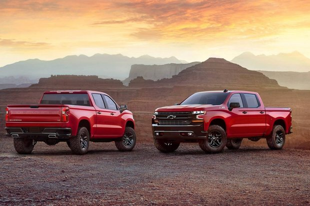 Chevrolet dropped the All-New 2019 Silverado from the sky