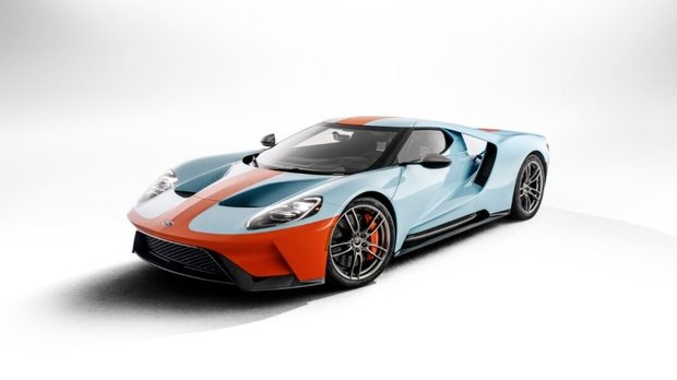 Ford GT Heritage Edition brings back iconic paint scheme