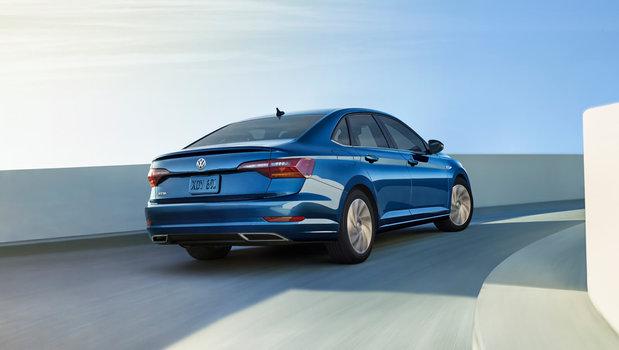 Différents essais routiers de la Volkswagen Jetta 2019