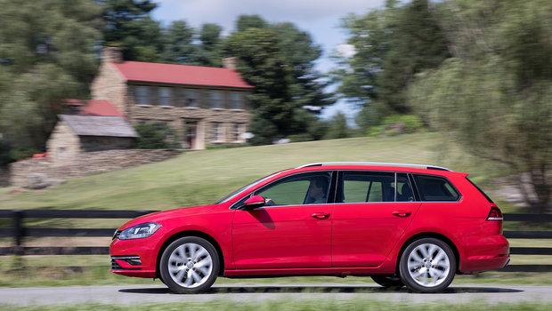 La Volkswagen Golf Sportwagen 2018 fait un doigt d'honneur aux VUS