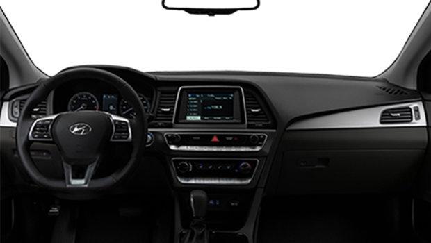 2019 Hyundai Sonata Essential with Sport package