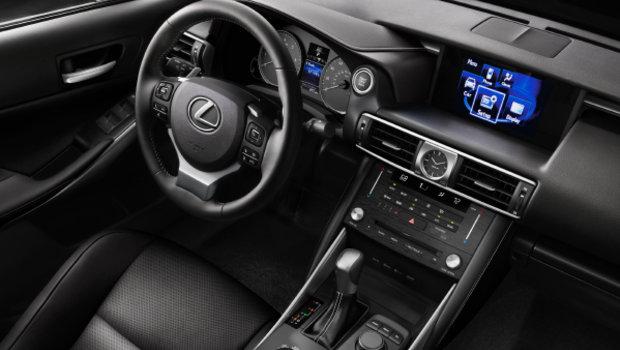 2019 Lexus IS 300 AWD