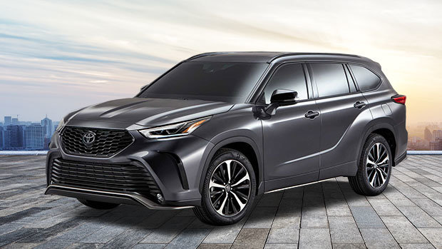 The 2021 Toyota Highlander Xse Coming Soon Spinelli Toyota Pointe Claire In Montreal