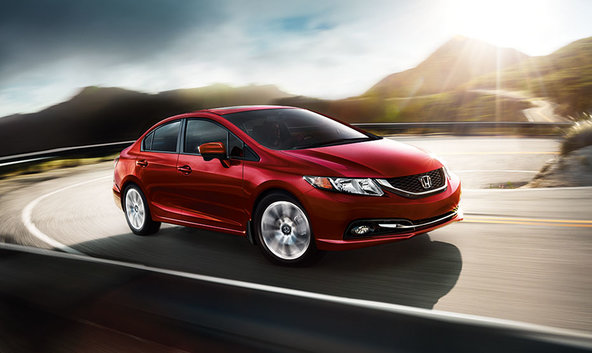 The 2015 Honda Civic in detail: always a classic in coupe or sedan