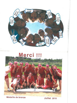 Softball team from Carrefour Étudiant.