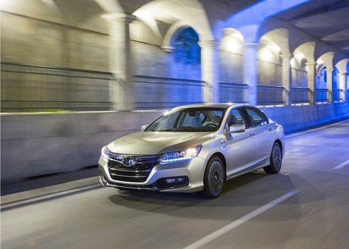 2014 Honda Accord Hybrid – The 2014 Green Car of the Year