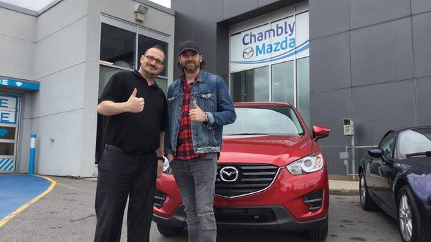 Félicitations M. Benoît St-Cyr pour l'achat de votre nouvelle Mazda CX5