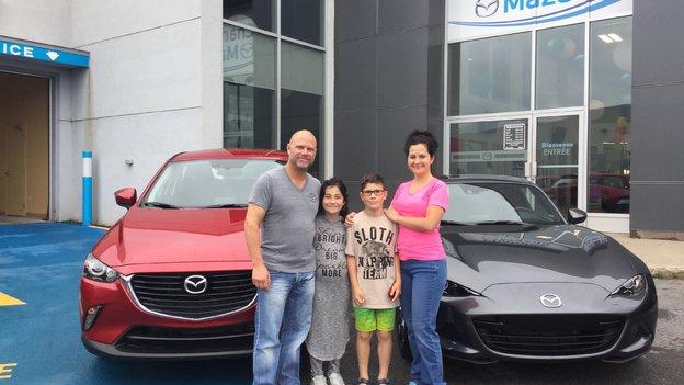 Félicitations Madame Rosa pour votre nouvelle Mazda MX5 2017 et votre CX3 2017