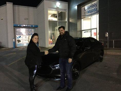 Félicitations à Monsieur Samuel Brodeur Lemaire, qui a pris possession aujourd'hui de la toute première Mazda 3, 7è génération 2019