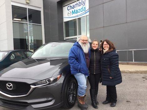 Félicitations à Mme Brousseau et M. Trudeau pour votre nouvelle Mazda CX5 2018