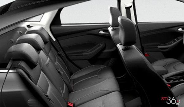 2017 Ford Focus Sedan SEL