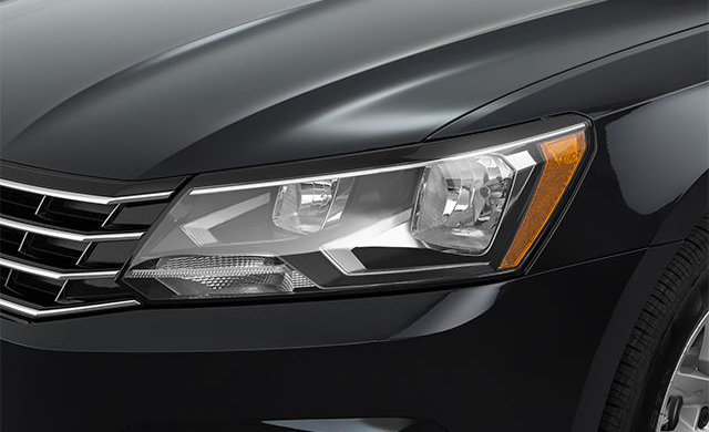 Volkswagen Passat TRENDLINE + 2017 - 2