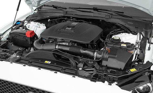 Jaguar XE S 2018 - 1