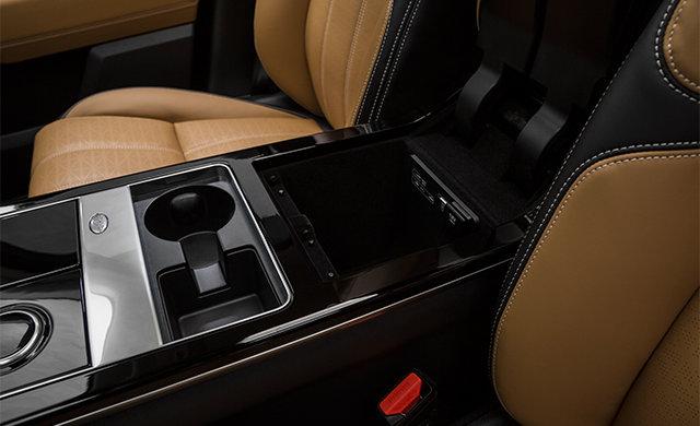 Land Rover Range Rover Velar R-DYNAMIC SE 2019 - 3