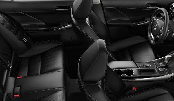 Lexus IS 300 RWD 2019