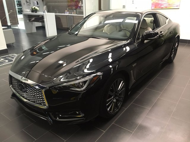 infiniti q60 coupe 2017 d 39 occasion vendre chez sherbrooke infiniti ltee. Black Bedroom Furniture Sets. Home Design Ideas