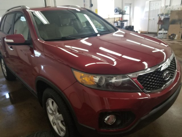 ... 2011 Kia Sorento LX   HEATED SEATS / BLUETOOTH / TRAILER HITCH ...