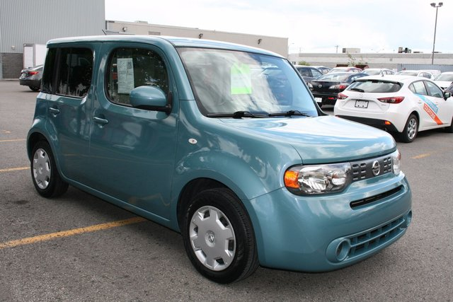 nissan cube 1 8 sl 2010 d 39 occasion vendre chez brossard mazda. Black Bedroom Furniture Sets. Home Design Ideas