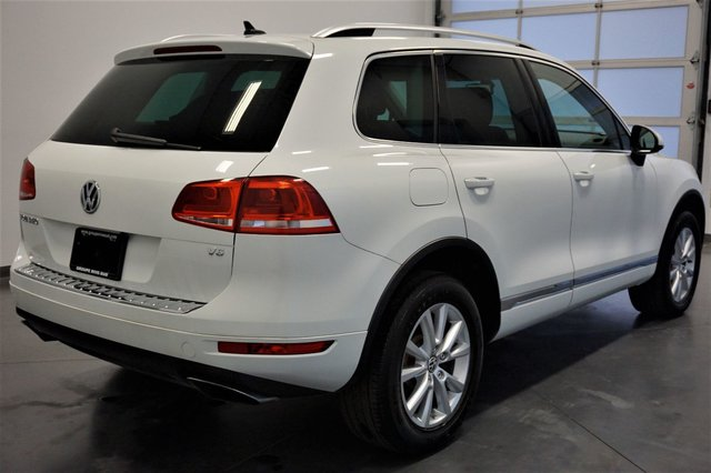 volkswagen touareg 2014 d 39 occasion vendre chez nissan de boucherville. Black Bedroom Furniture Sets. Home Design Ideas