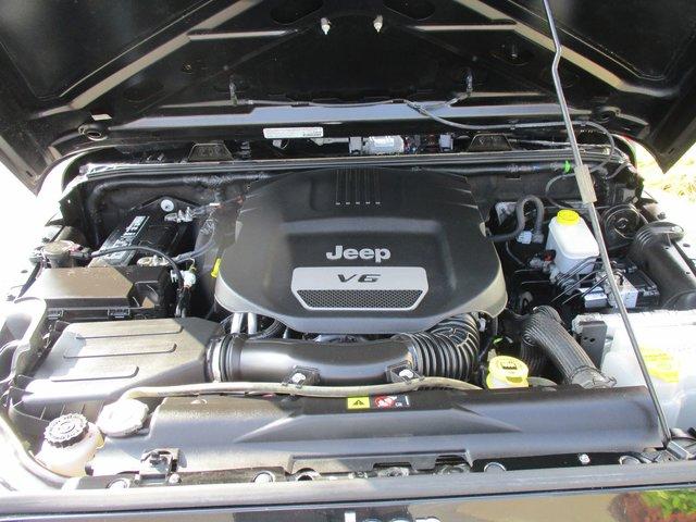 jeep wrangler 2014 d 39 occasion vendre chez honda de la capitale. Black Bedroom Furniture Sets. Home Design Ideas