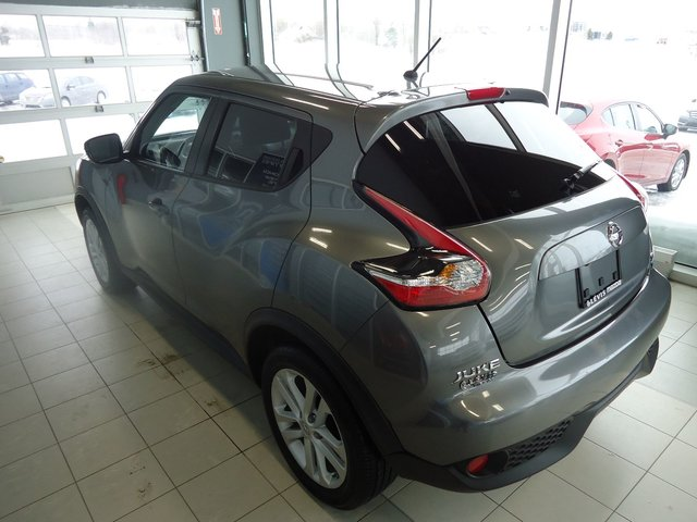 nissan juke 2015 d 39 occasion vendre chez levis mazda. Black Bedroom Furniture Sets. Home Design Ideas