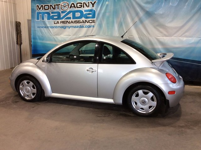 volkswagen new beetle 2001 d 39 occasion vendre chez montmagny mazda. Black Bedroom Furniture Sets. Home Design Ideas