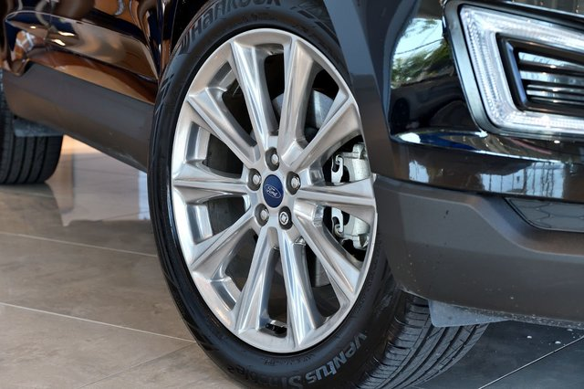 Winter Tires Included  Ford Edge Titanium Awd Ens Secur Intel