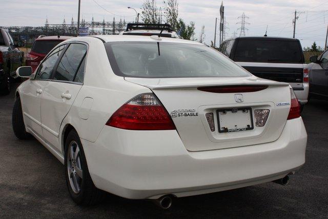 ... 2006 Honda Accord Hybrid In Preparation ...