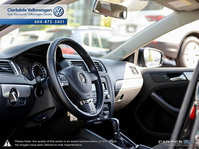 Used 2013 Volkswagen Jetta Sedan Trendline+ Sunroof! Touch