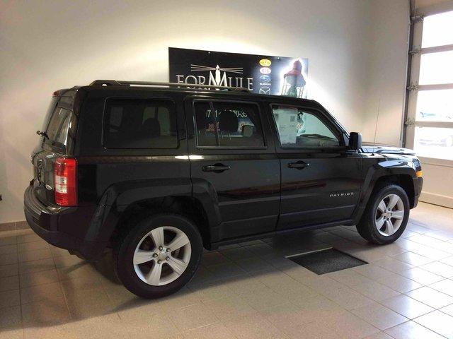 jeep patriot 2011 d 39 occasion vendre chez formule mazda. Black Bedroom Furniture Sets. Home Design Ideas