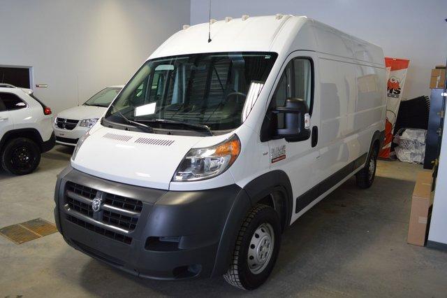 RAM ProMaster Cargo Van 2500 159 POUCES EMPATTEMENT TOIT HAUT 2016