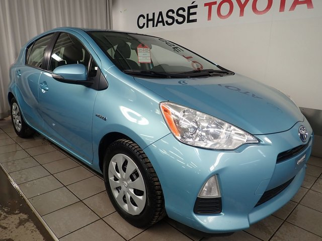 toyota prius c 2012 d 39 occasion vendre chez chasse toyota. Black Bedroom Furniture Sets. Home Design Ideas