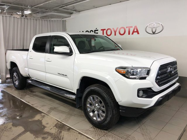 toyota tacoma 2016 d 39 occasion vendre chez chasse toyota. Black Bedroom Furniture Sets. Home Design Ideas