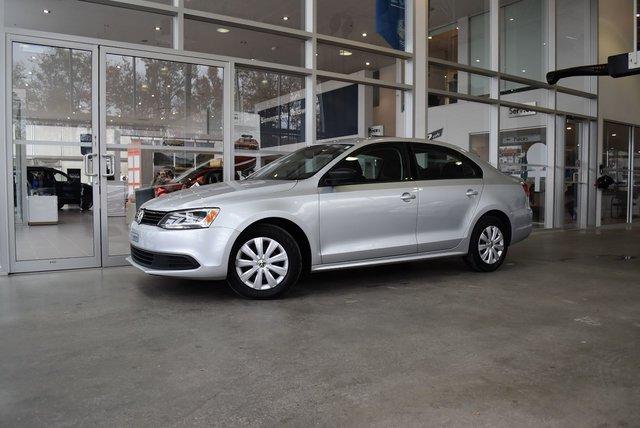 Used 2012 Volkswagen Jetta Trendline Plus A/C*HTD SEATS*AUX