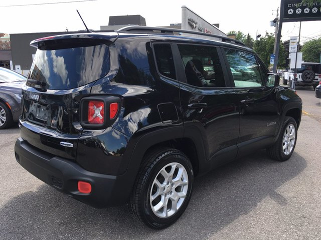 jeep renegade 2015 d 39 occasion vendre chez champlain dodge chrysler ltee. Black Bedroom Furniture Sets. Home Design Ideas