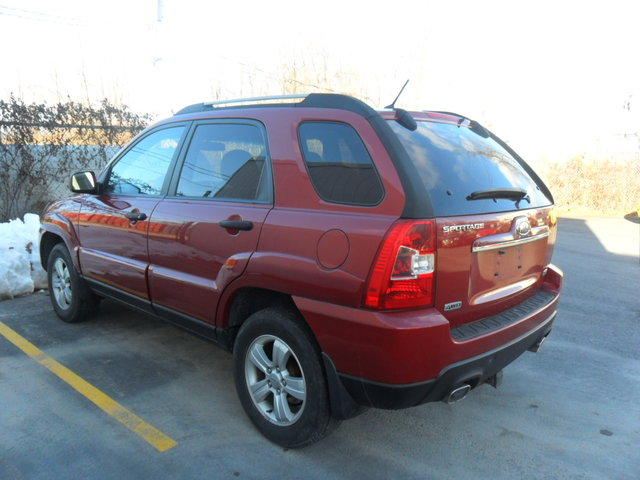 BRING ON THE · 2010 Kia Sportage 4 WHEEL DRIVE!!!TRAILER HITCH!!BRING ON THE