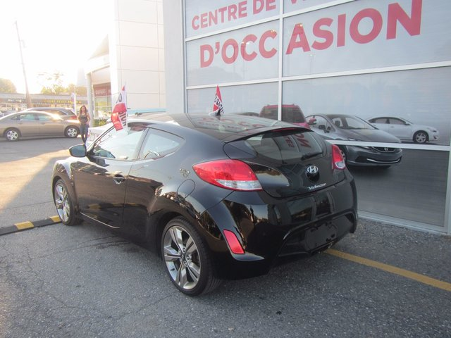 hyundai veloster 2013 d 39 occasion vendre chez spinelli kia. Black Bedroom Furniture Sets. Home Design Ideas