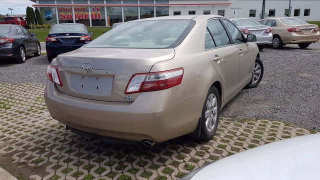 toyota camry hybrid 2008 d 39 occasion vendre chez spinelli. Black Bedroom Furniture Sets. Home Design Ideas