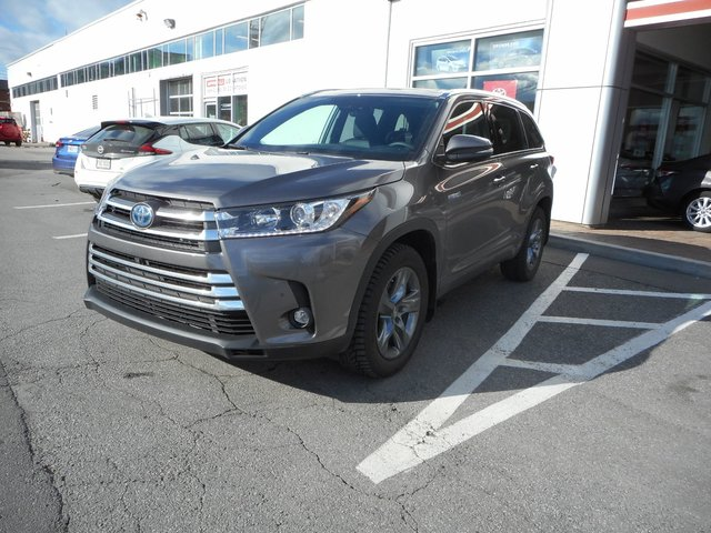 Toyota Pointe Claire >> Pre Owned 2019 Toyota Highlander For Sale At Spinelli Toyota Pointe