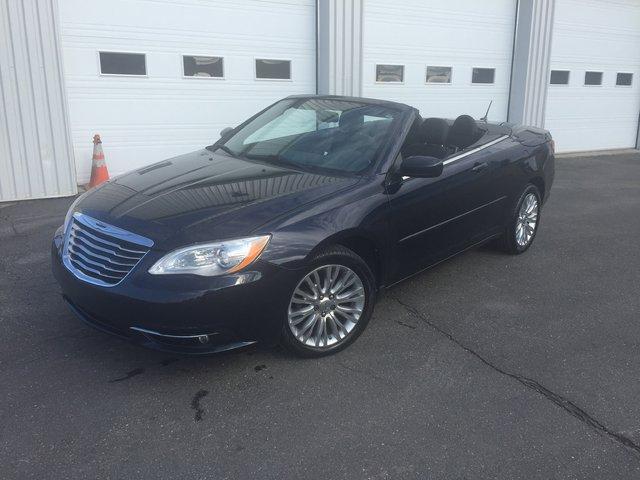 Chrysler 200 71 000 KILOS SEULEMENT V 6 TOURING 2011