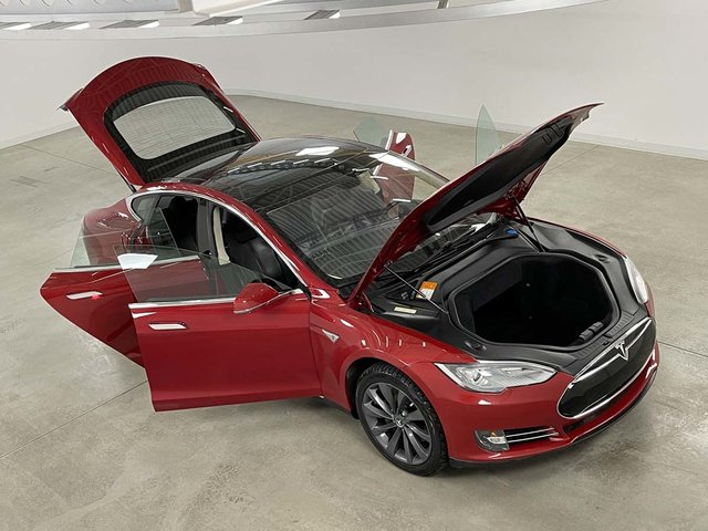 Tesla S CUIR TOIT NAVI 2013